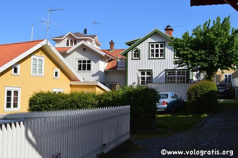foto fjallbacka case in legno