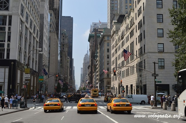 foto 5th avenuw new york
