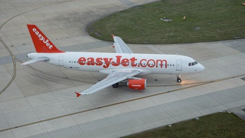 cambio nome easyjet