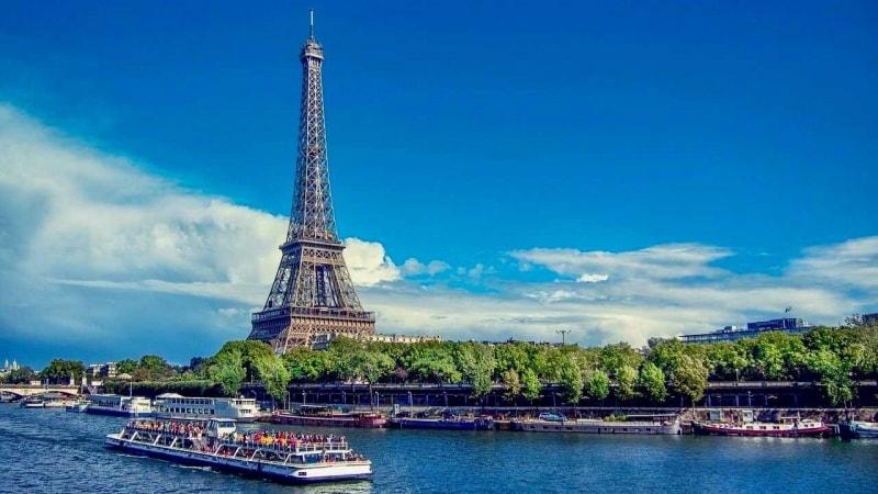 vinci un viaggio a parigi
