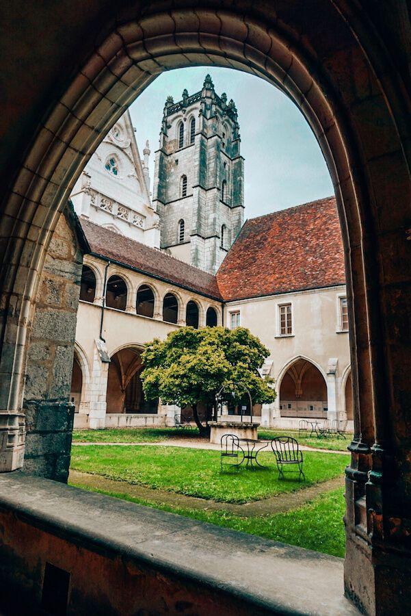 chiostro monastero brou bourg-en-bresse