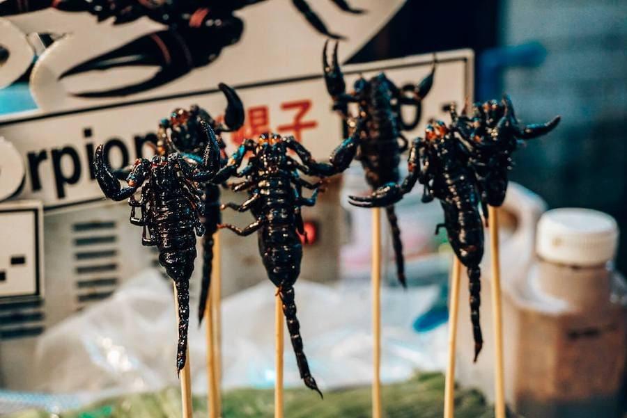 insetti street food bangkok