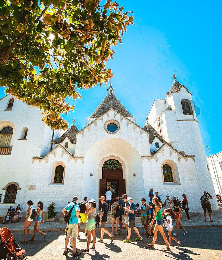 alberobello chiesa trullo