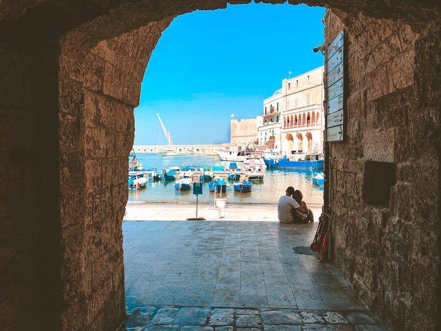 monopoli porta antico porto