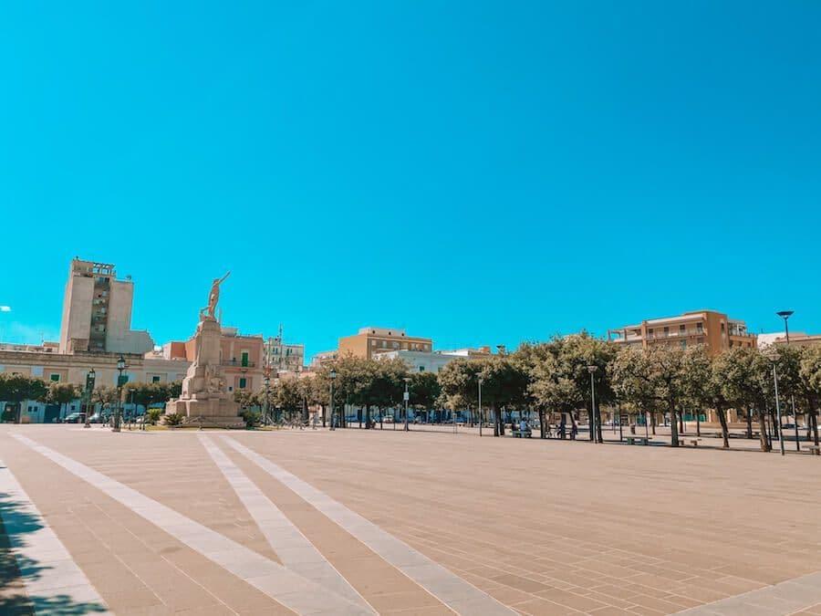 piazza vittorio emanuele monopoli