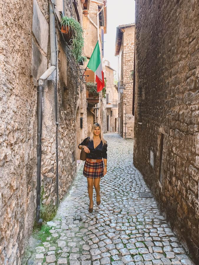 valentina venanzi travel blogger sermoneta