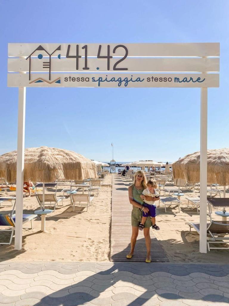 valentina venanzi spiaggia 41 42 bellaria igea marina