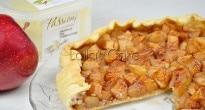 sfoglia di mele caramellate con gelato alla vaniglia e cannella