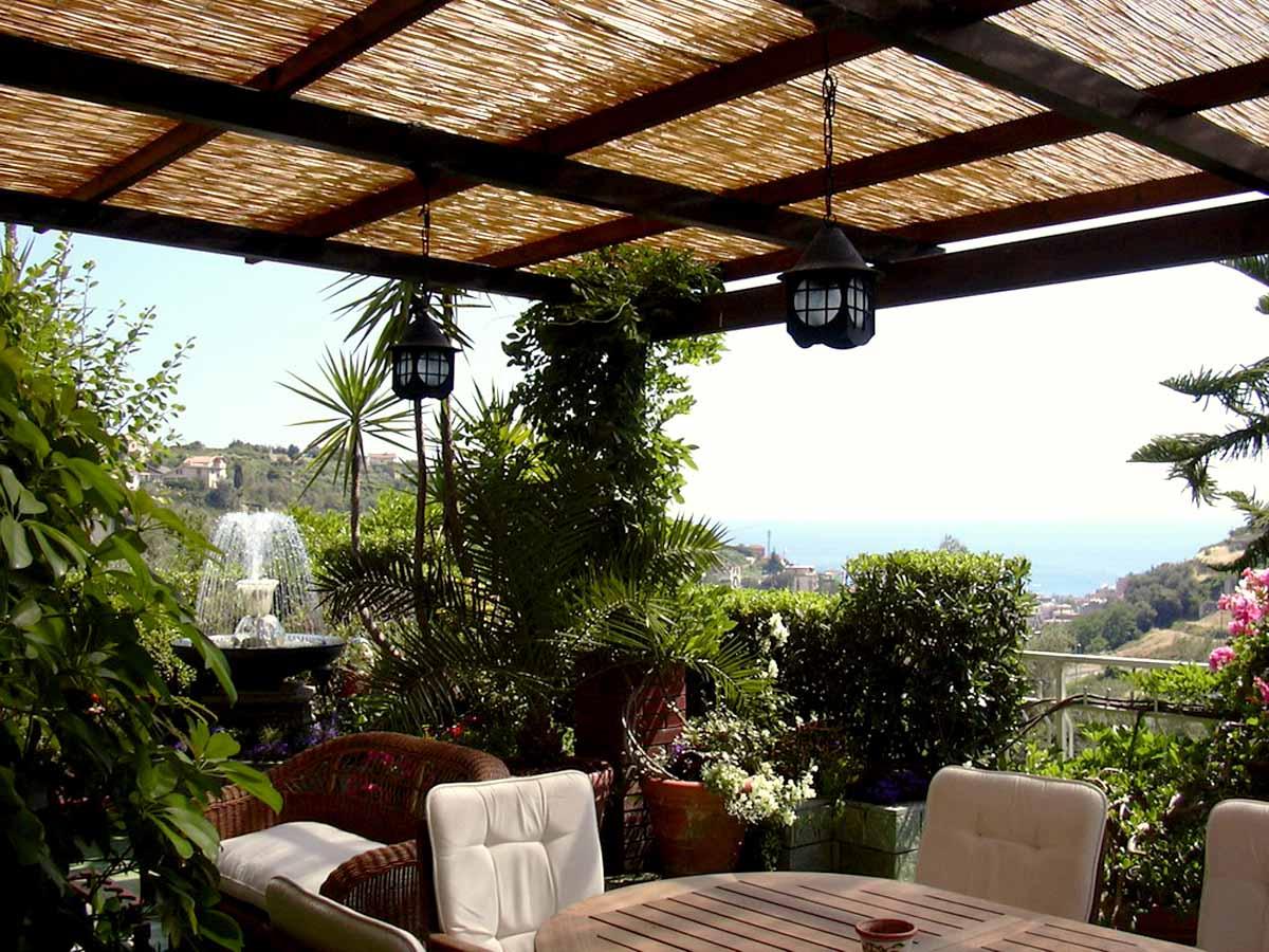 Arredare terrazzo coperto emejing arredare terrazzo for Arredi terrazzi design
