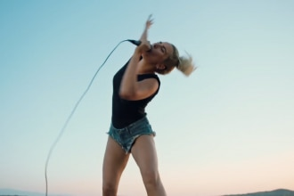 lady-gaga-perfect-illusion-video