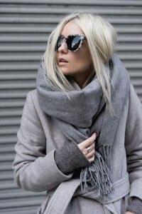 come indossare una sciarpa