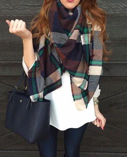 buy popular 5de89 19ed7 come-indossare-una-sciarpa-9.jpg