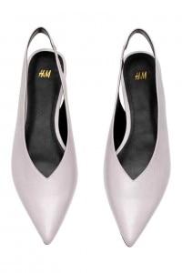 scarpe a punta con scollo a V