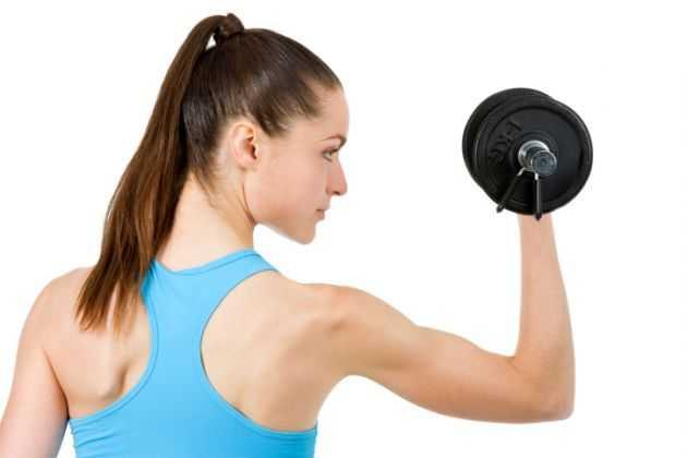 allenarsi con i pesi
