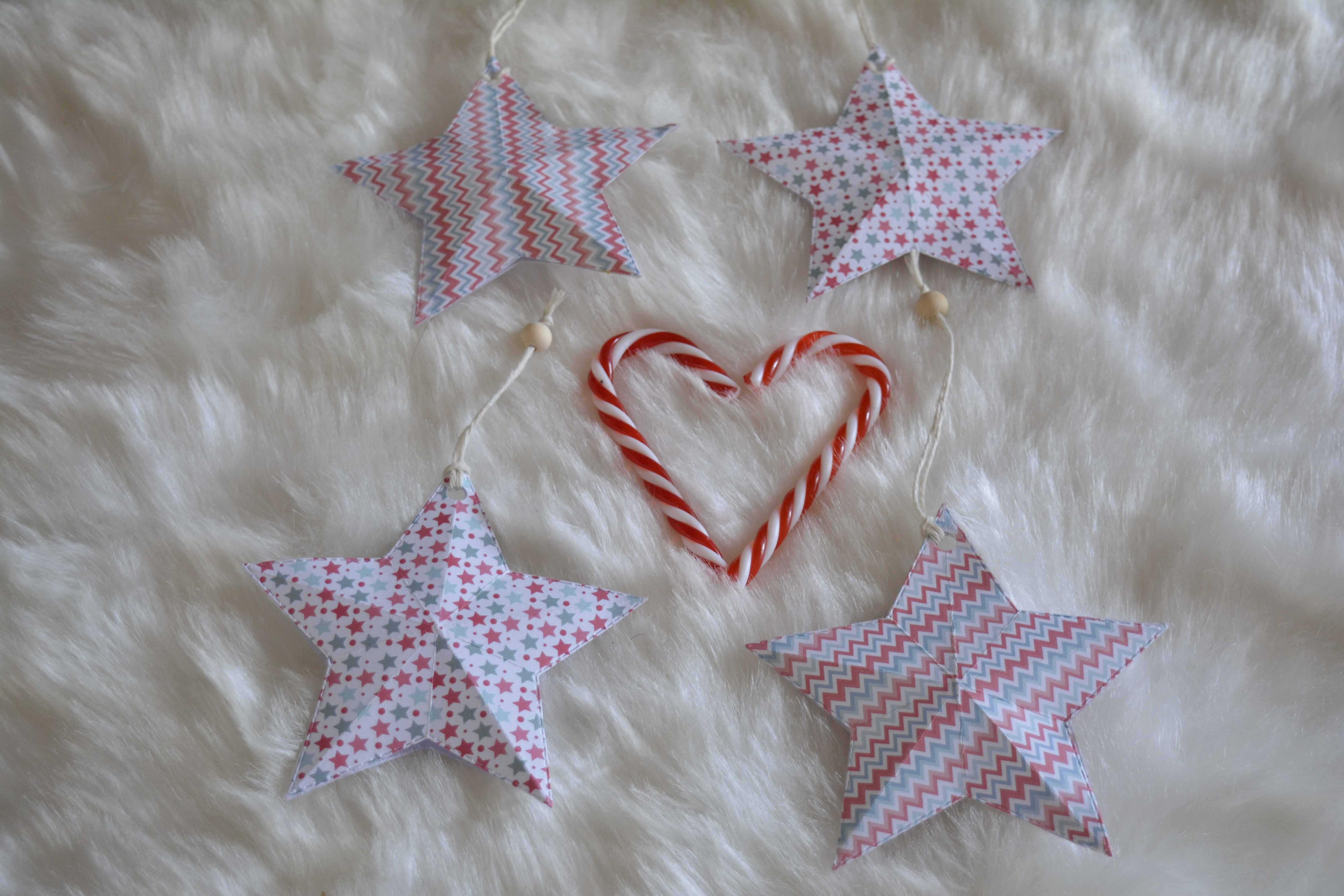 Decorazioni natalizie da appendere stelle in carta effetto 3d wegirls - Decorazioni natalizie carta ...