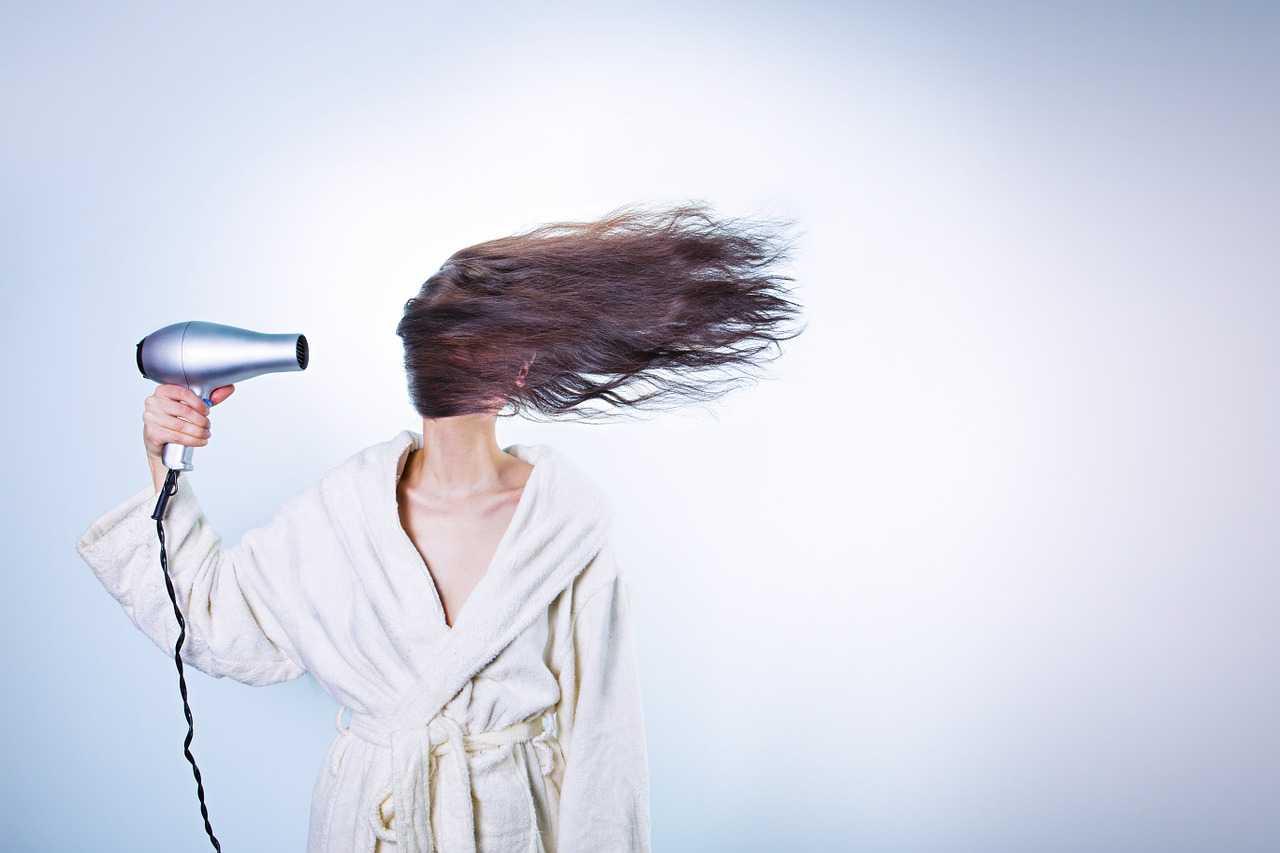 rimedi naturali capelli secchi